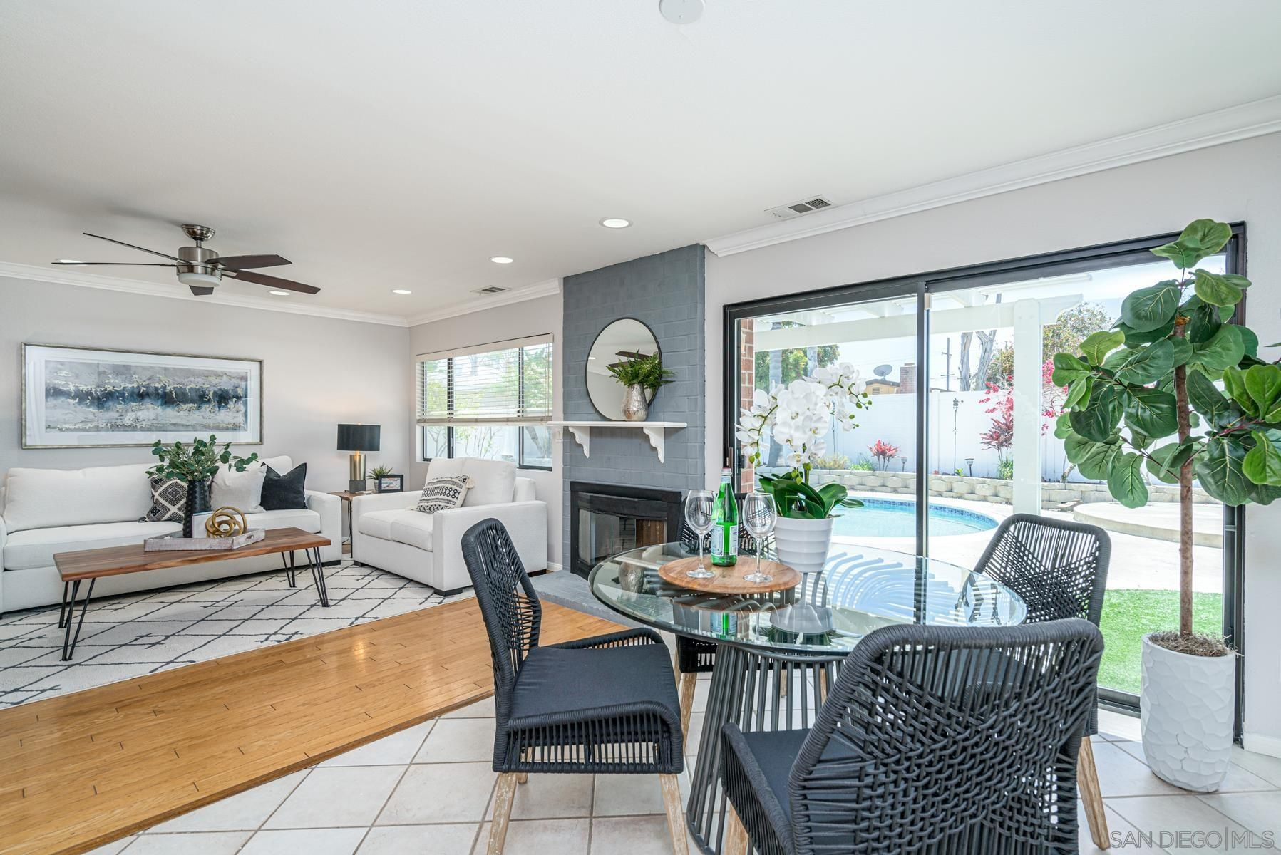 Main Photo: CLAIREMONT House for sale : 4 bedrooms : 3633 Morlan St in San Diego