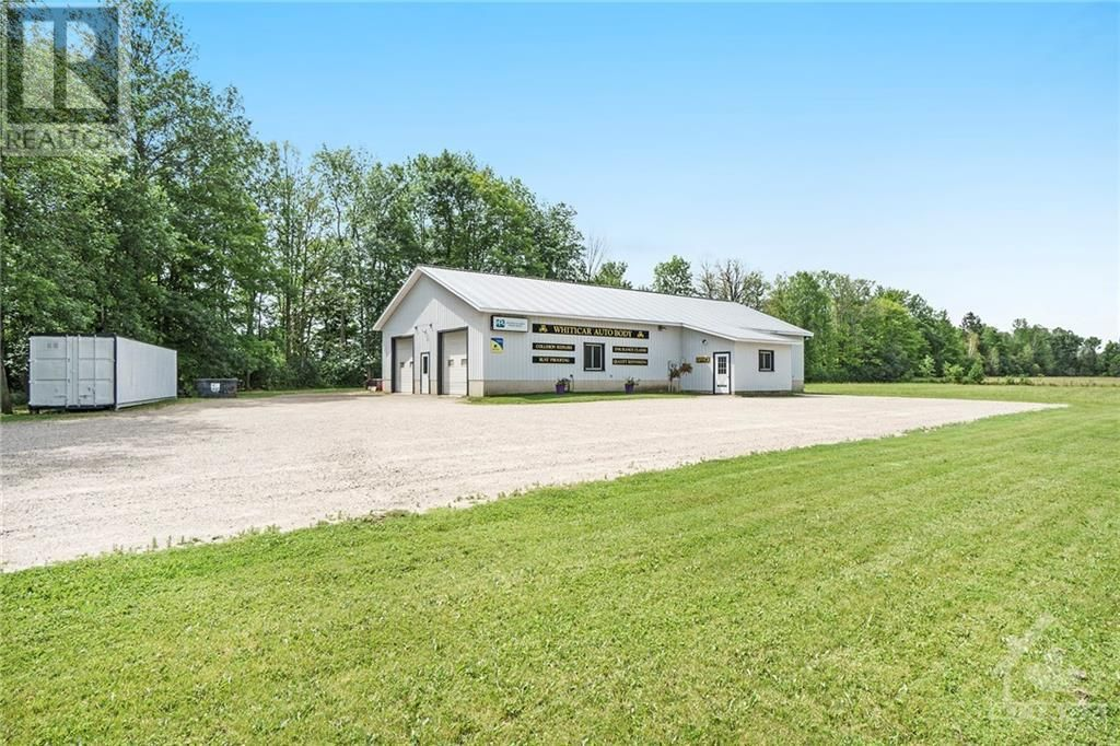 Main Photo: 2483 DRUMMOND CONC 7 ROAD in Perth: Industrial for sale : MLS®# 1251820