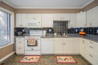 """Photo 12: 33 3015 TRETHEWEY Street in Abbotsford: Abbotsford West Townhouse for sale in """"Birch Grove Terrace"""" : MLS®# R2545784"""