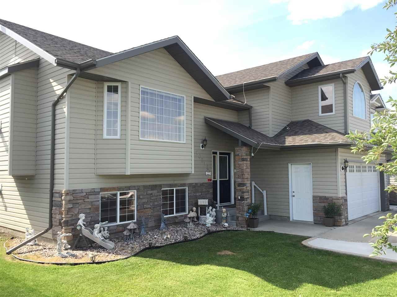 Main Photo: 10212 110 Avenue: Westlock House for sale : MLS®# E4221337