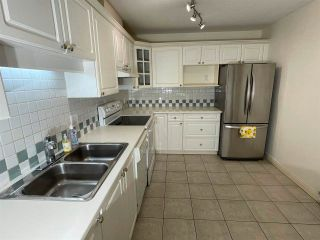 """Photo 12: 104 5735 HAMPTON Place in Vancouver: University VW Condo for sale in """"THE BRISTOL"""" (Vancouver West)  : MLS®# R2590076"""