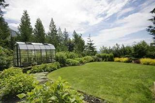 Photo 8: 190 MOUNTAIN Drive in West Vancouver: Home for sale : MLS®# V903436