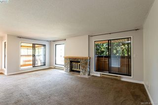 Photo 2: 209 1518 Pandora Ave in VICTORIA: Vi Fernwood Condo for sale (Victoria)  : MLS®# 821349