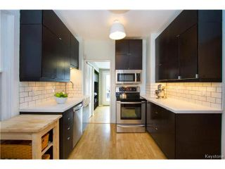 Photo 9: 304 Arnold Avenue in Winnipeg: Fort Rouge Residential for sale (1Aw)  : MLS®# 1700584