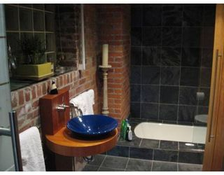 """Photo 8: 518 BEATTY Street in Vancouver: Downtown VW Condo for sale in """"STUDIO 518 BEATTY"""" (Vancouver West)  : MLS®# V634841"""