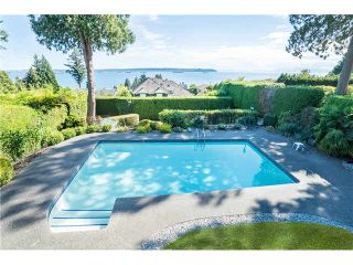 Photo 1: 3250 Westmount Rd in West Vancouver: Westmount WV House for sale : MLS®# V1138435