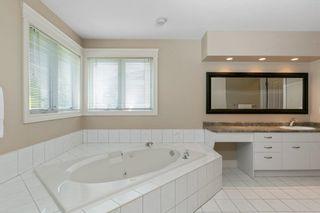 Photo 19: 259 HEAGLE Crescent in Edmonton: Zone 14 House for sale : MLS®# E4247429