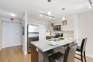 Photo 7: 401 7445 120 Street in Delta: Scottsdale Condo for sale (N. Delta)  : MLS®# R2160075