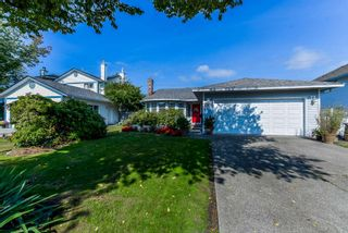 "Photo 1: 15411 95 Avenue in Surrey: Fleetwood Tynehead House for sale in ""BERKSHIRE PARK"" : MLS®# R2310445"