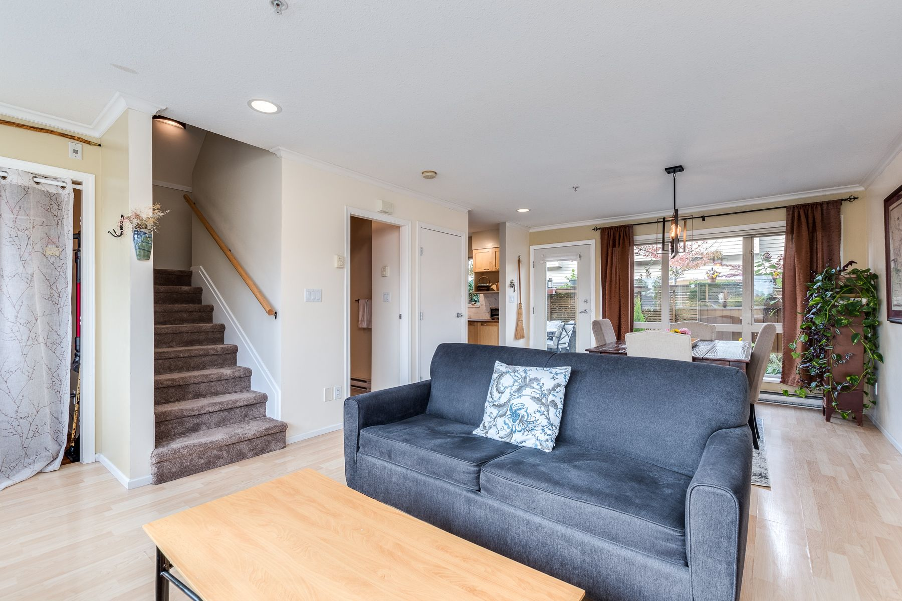 Photo 10: Photos: 7-2389 Charles St in Vancouver: Grandview Woodland Townhouse for sale (Vancouver East)
