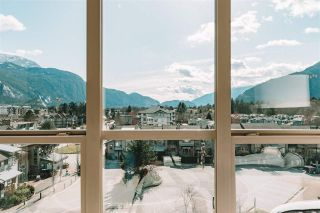 """Photo 18: 520 1211 VILLAGE GREEN Way in Squamish: Downtown SQ Condo for sale in """"Rockcliff"""" : MLS®# R2560335"""