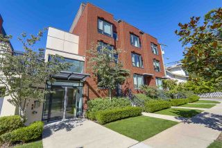 """Photo 1: 214 1961 COLLINGWOOD Street in Vancouver: Kitsilano Townhouse for sale in """"VIRIDIAN GREEN"""" (Vancouver West)  : MLS®# R2205025"""
