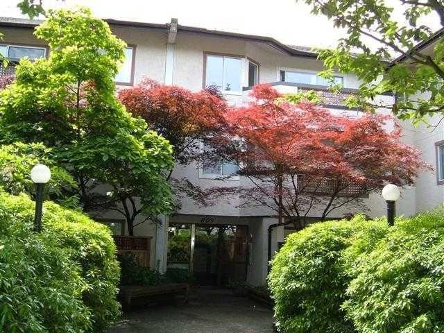 Main Photo: #210 - 809 W 16th St. in North Vancouver: Hamilton Condo for sale : MLS®# V828473