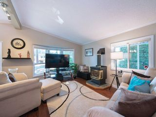 """Photo 4: 52 20071 24 Avenue in Langley: Brookswood Langley Manufactured Home for sale in """"FERNRIDGE PARK"""" : MLS®# R2292700"""