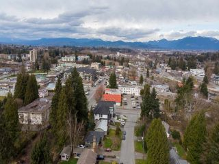 """Photo 35: 2327 CLARKE Drive in Abbotsford: Central Abbotsford House for sale in """"Historic Downtown Infill Area"""" : MLS®# R2556801"""