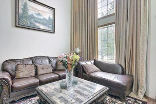 Photo 4: 6405 SANDIN Crescent in Edmonton: Zone 14 House for sale : MLS®# E4245872