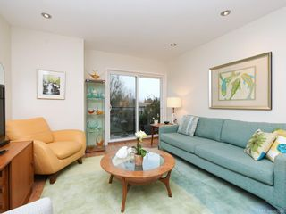 Photo 2: 305 7070 West Saanich Rd in Central Saanich: CS Brentwood Bay Condo for sale : MLS®# 842049