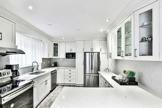 Photo 10: 14 Fontainbleau Drive in Toronto: Newtonbrook West House (2-Storey) for sale (Toronto C07)  : MLS®# C4906491