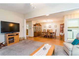 Photo 5: 5521 SPINNAKER Bay in Delta: Neilsen Grove House for sale (Ladner)  : MLS®# R2425316