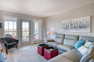 Photo 3: 404 7239 Sierra Morena Boulevard SW in Calgary: Signal Hill Apartment for sale : MLS®# A1153307
