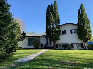 Photo 1: 613 2nd Avenue Northeast in Preeceville: Residential for sale : MLS®# SK856621