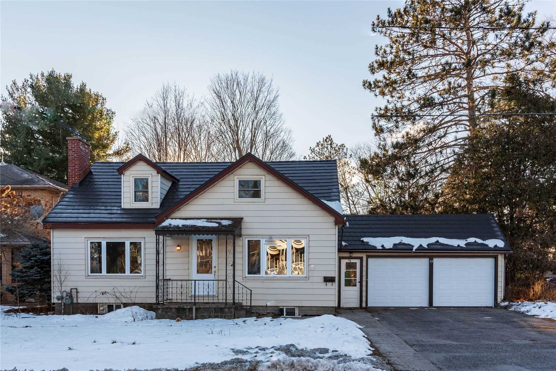 Main Photo: 56 Waubeek Street in Parry Sound: House (2-Storey) for sale : MLS®# X5061958