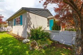 Photo 16: 2921 Gosworth Rd in VICTORIA: Vi Oaklands House for sale (Victoria)  : MLS®# 786626