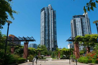 "Photo 2: 706 1199 SEYMOUR Street in Vancouver: Downtown VW Condo for sale in ""BRAVA"" (Vancouver West)  : MLS®# R2531853"