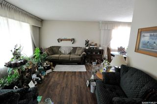 Photo 8: 107 Spinks Drive in Saskatoon: West College Park Residential for sale : MLS®# SK847470