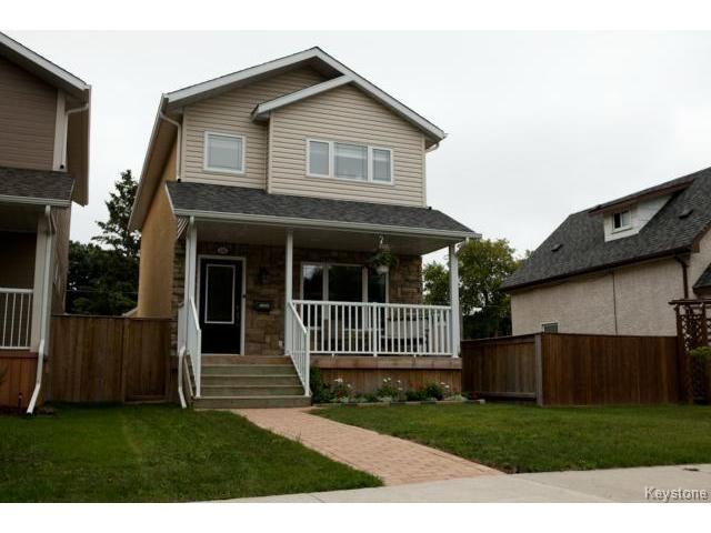 Main Photo: 134 Harrowby Avenue in WINNIPEG: St Vital Residential for sale (South East Winnipeg)  : MLS®# 1420908