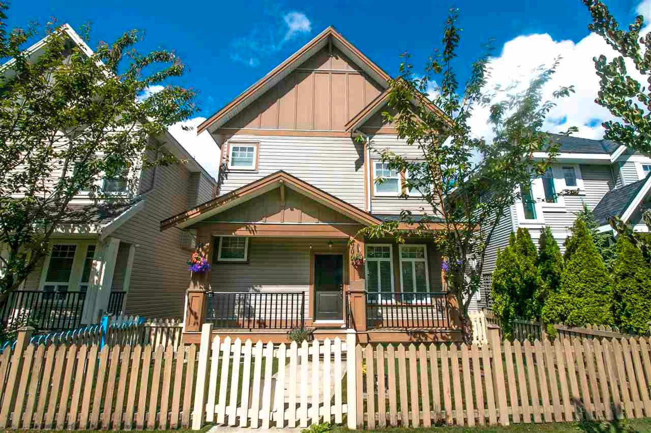 Main Photo: 7063 196 Street in Surrey: Clayton House for sale (Cloverdale)  : MLS®# R2585773
