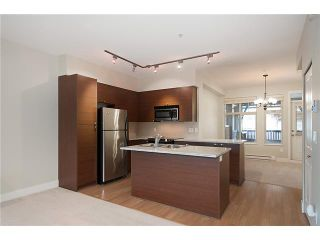 """Photo 4: 38 19478 65TH Avenue in Surrey: Clayton Condo for sale in """"Sunset Grove"""" (Cloverdale)  : MLS®# F1406717"""