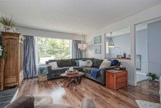 "Photo 3: 13164 99A Avenue in Surrey: Cedar Hills House for sale in ""CEDAR HILLS"" (North Surrey)  : MLS®# R2379894"
