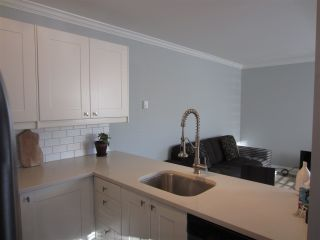 Photo 5: 105 2375 SHAUGHNESSY Street in Port Coquitlam: Central Pt Coquitlam Condo for sale : MLS®# R2128851