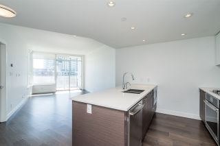 """Photo 3: 511 3557 SAWMILL Crescent in Vancouver: South Marine Condo for sale in """"One Town Centre"""" (Vancouver East)  : MLS®# R2569435"""