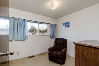 Photo 16: 810 SMITH Avenue in Coquitlam: Coquitlam West House for sale : MLS®# R2455711