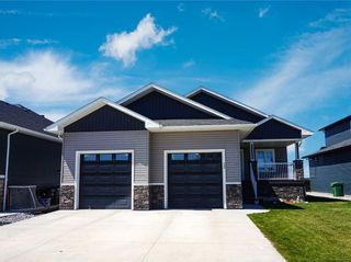 Photo 2: 12 Wigham Close: Olds Detached for sale : MLS®# A1019811