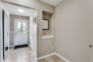 Photo 3: 336 WINDSTONE Garden(s) SW: Airdrie Row/Townhouse for sale : MLS®# C4238322