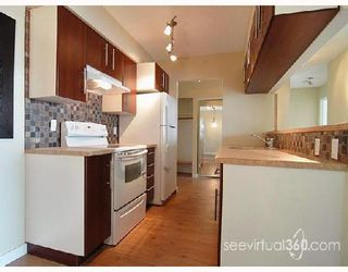 """Photo 2: 306 4353 HALIFAX Street in Burnaby: Central BN Condo for sale in """"BRENT GARDENS"""" (Burnaby North)  : MLS®# V653089"""