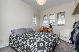 """Photo 15: 19 555 RAVEN WOODS Drive in North Vancouver: Dollarton Townhouse for sale in """"Signature Estates"""" : MLS®# R2271233"""