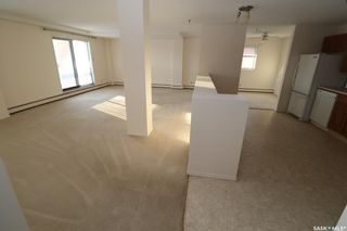 Photo 2: 203 510 5th Avenue North in Saskatoon: City Park Residential for sale : MLS®# SK840354