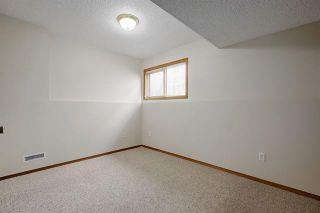 Photo 21: 24 SIGNATURE Way SW in Calgary: Signal Hill Detached for sale : MLS®# C4302567