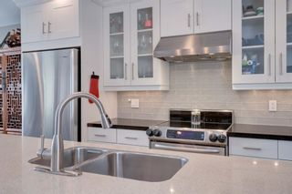 Photo 8: 5404 La Salle Crescent SW in Calgary: Lakeview Detached for sale : MLS®# A1086620
