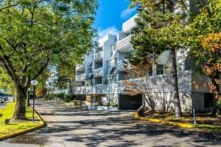 """Photo 38: 304 7471 BLUNDELL Road in Richmond: Brighouse South Condo for sale in """"CANTERBURY COURT"""" : MLS®# R2625296"""