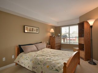 """Photo 7: 207 3480 MAIN Street in Vancouver: Main Condo for sale in """"THE NEWPORT"""" (Vancouver East)  : MLS®# V928673"""