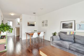 """Photo 5: 3180 PRINCE EDWARD Street in Vancouver: Mount Pleasant VE Townhouse for sale in """"SIXTEEN EAST"""" (Vancouver East)  : MLS®# R2540499"""