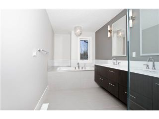 Photo 8: 3360 23 Avenue SW in CALGARY: Killarney_Glengarry Residential Attached for sale (Calgary)  : MLS®# C3597057