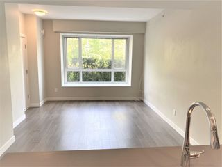 """Photo 3: 205 9350 UNIVERSITY HIGH Street in Burnaby: Simon Fraser Univer. Condo for sale in """"LIFT"""" (Burnaby North)  : MLS®# R2579846"""