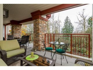 """Photo 17: 204 16433 64 Avenue in Surrey: Cloverdale BC Condo for sale in """"St. Andrews"""" (Cloverdale)  : MLS®# R2123466"""