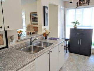 Photo 12: 201 445 Cook St in VICTORIA: Vi Fairfield West Condo for sale (Victoria)  : MLS®# 794948